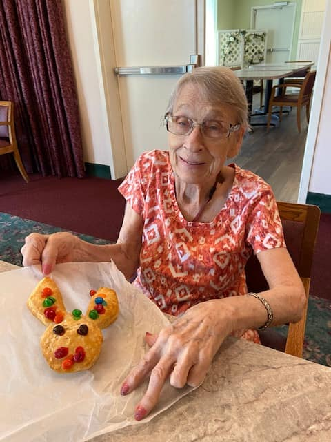 easter longview wa, baking longview wa, senior activities longview wa, senior news longview wa, assisted living longview wa, somerset longview wa