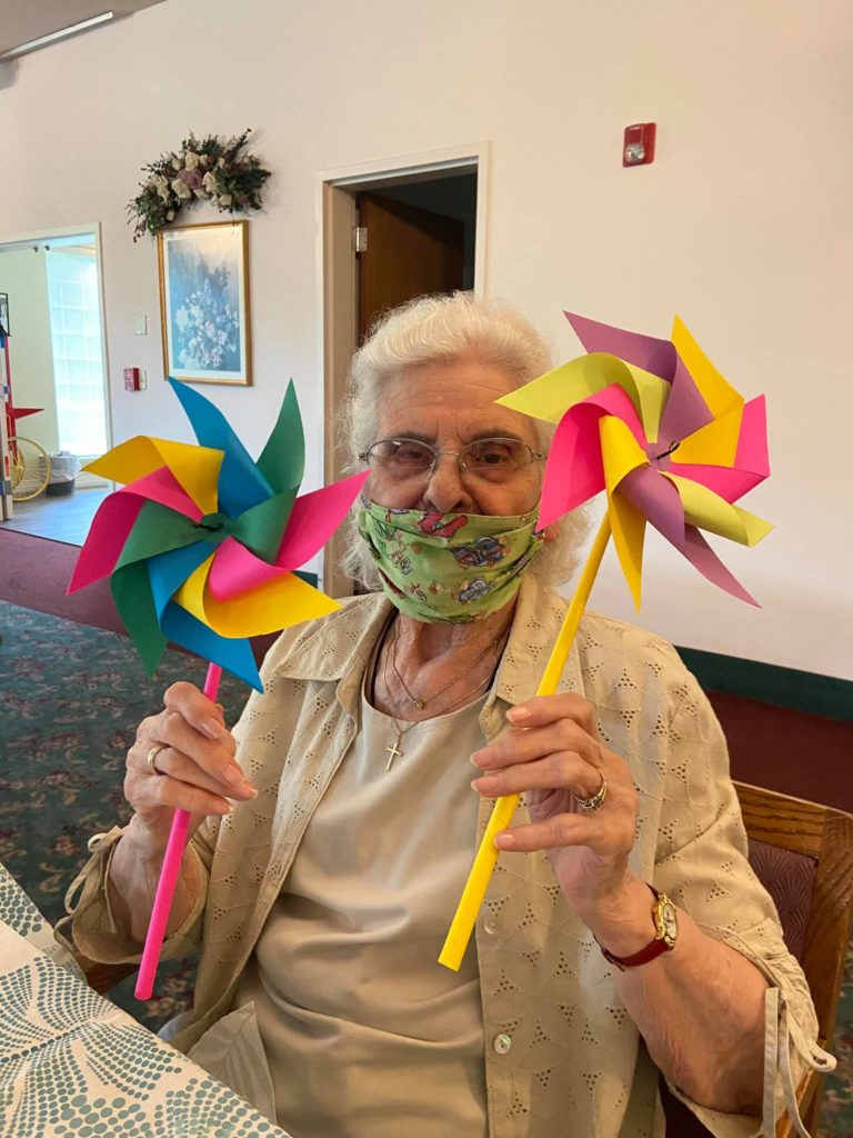 senior activities longview wa, arts and crafts longview wa, assisted living longview wa, senior living longview wa, retirement home longview wa, senior home longview wa, retirement community longview wa, somerset longview wa
