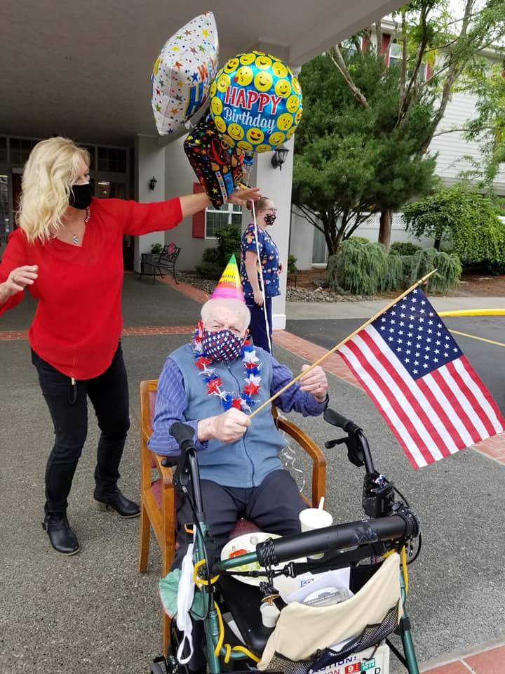 4th july longview wa, veterans day longview wa, assisted living longview wa, senior living longview wa, somerset longview wa