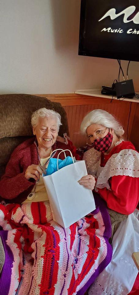 assisted living, retirement, senior living, longview wa, somerset, holidays, christmas, senior news, senior activities, longview wa