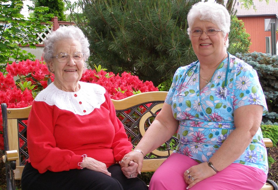 caregiver longview wa, senior care longview wa, retirement home longview wa, assisted living longview wa, somerset retirement, somerset senior living, somerset assisted living